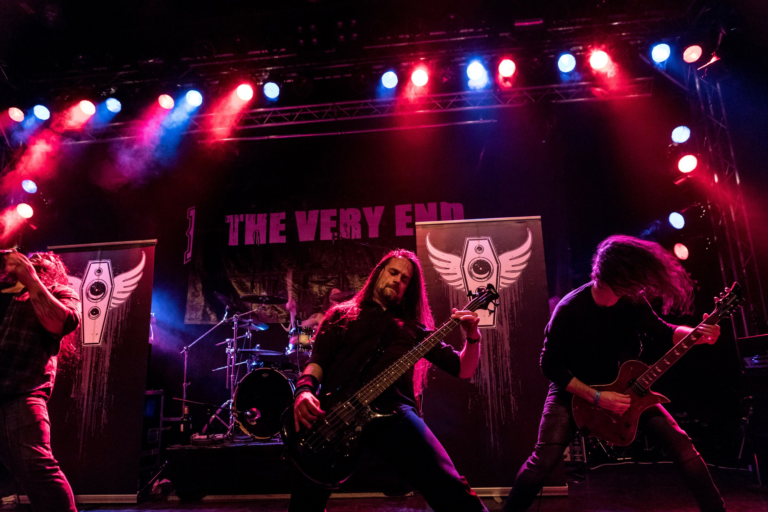 the-very-end-live-zeche-carl-essen-germany-thrash-metal