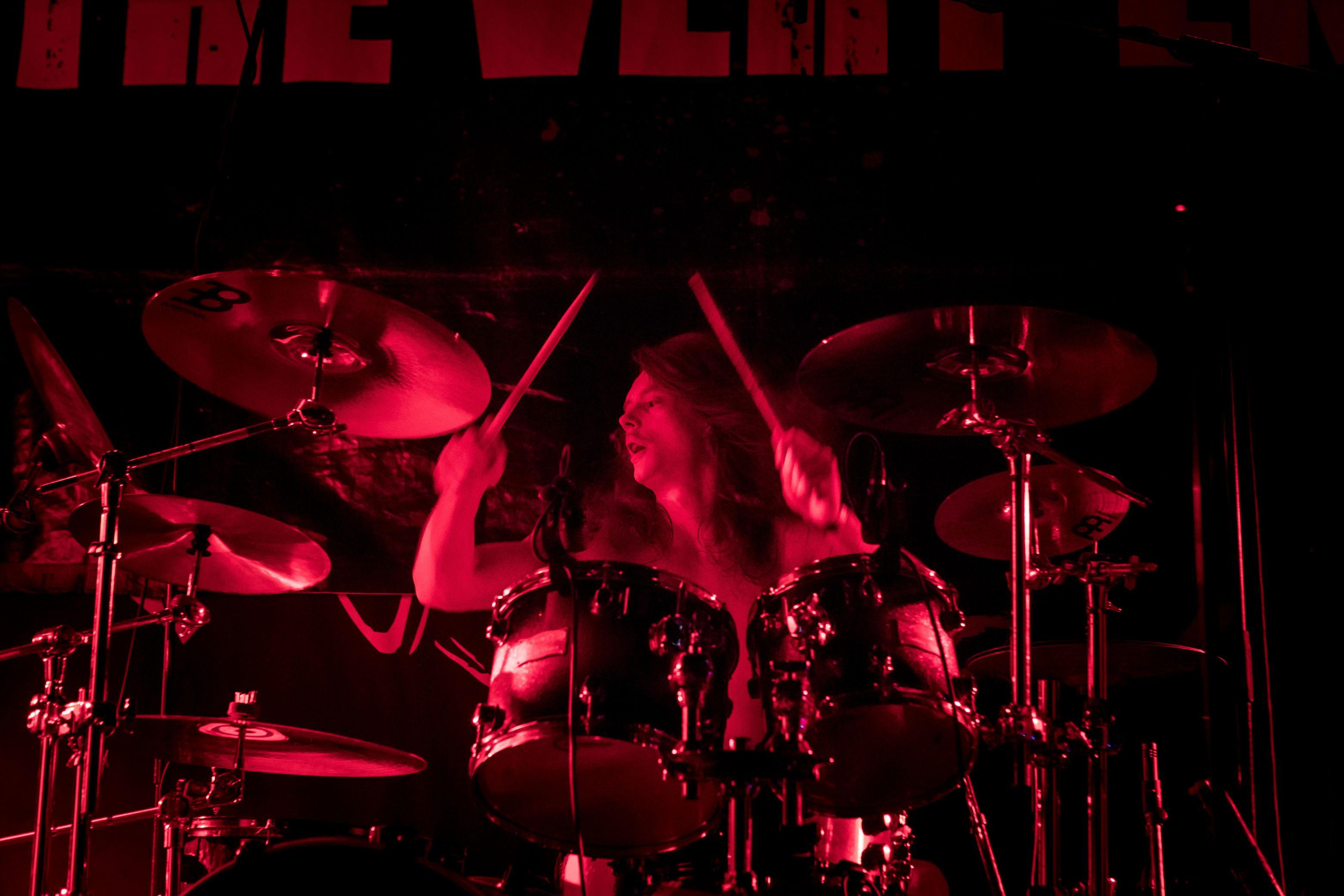 the-very-end-live-zeche-carl-essen-germany-thrash-metal_3