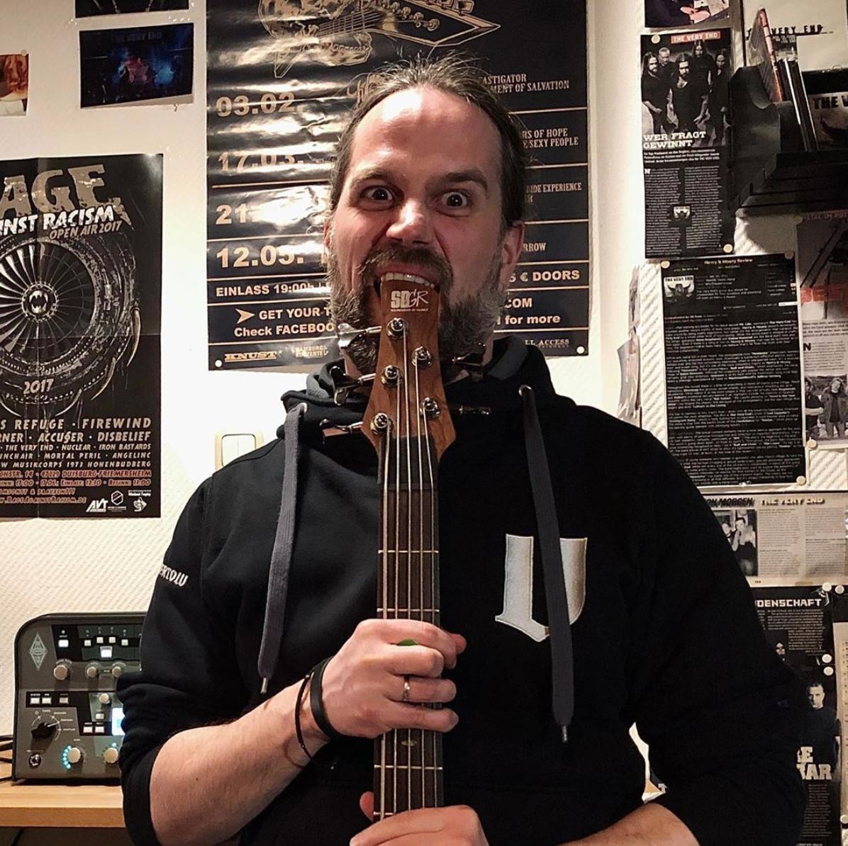 Marc-Beste-Bass-Recording-TVE