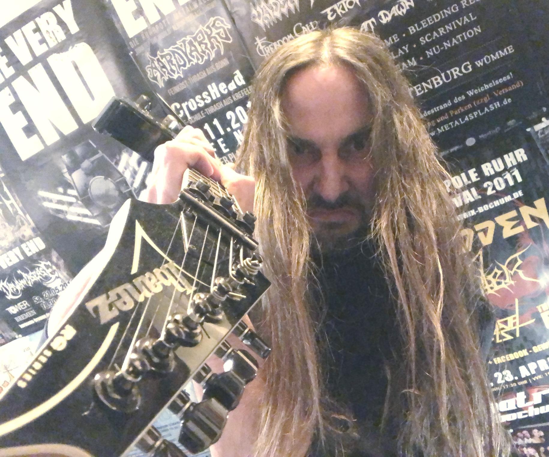 TVE-Studio-Guitar-recordings-2-Rene-Bogdanski
